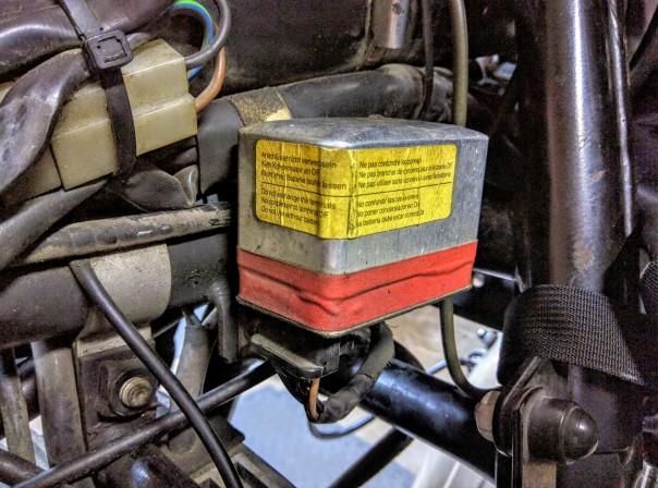 mechanical-voltage-regulator